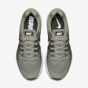 *NEW*Nike Zoom Pegasus 34 Olive Green Size 8 Shoes
